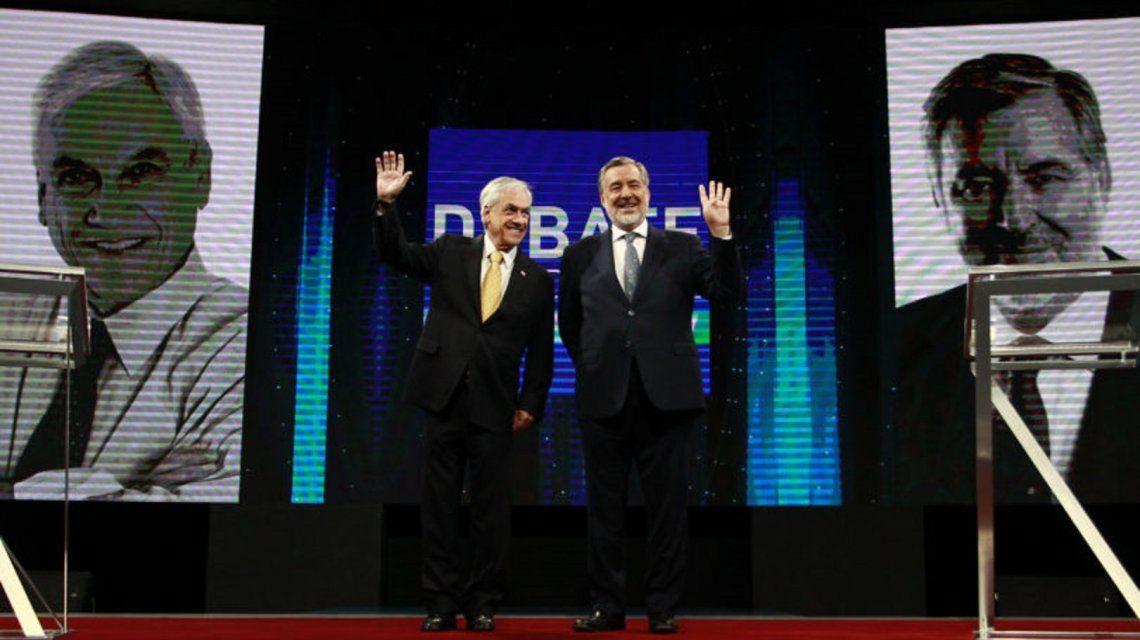 Los candidatos Sebastián Piñera y Alejandro Guillier.
