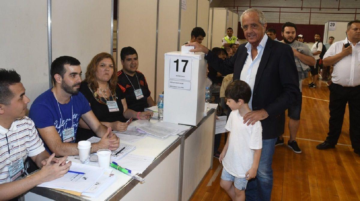 DOnofrio busca la reelección en River - Crédito: @CARPoficial
