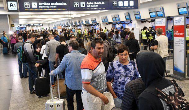 <p>La medida afectará a entre 65.000 y 70.000 pasajeros.</p>