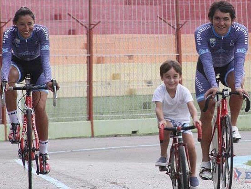 La familia en dos ruedas: Cristina