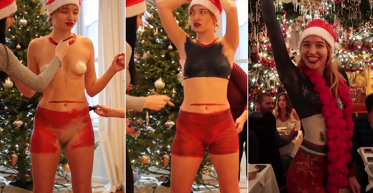 Nueva York: una modelo se paseó desnuda con un vestido navideño pintado a mano