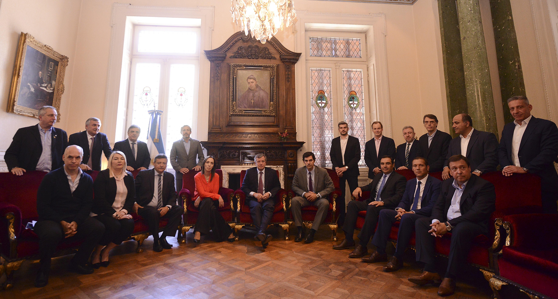 El Gobierno sumó el apoyo de los gobernadores del PJ