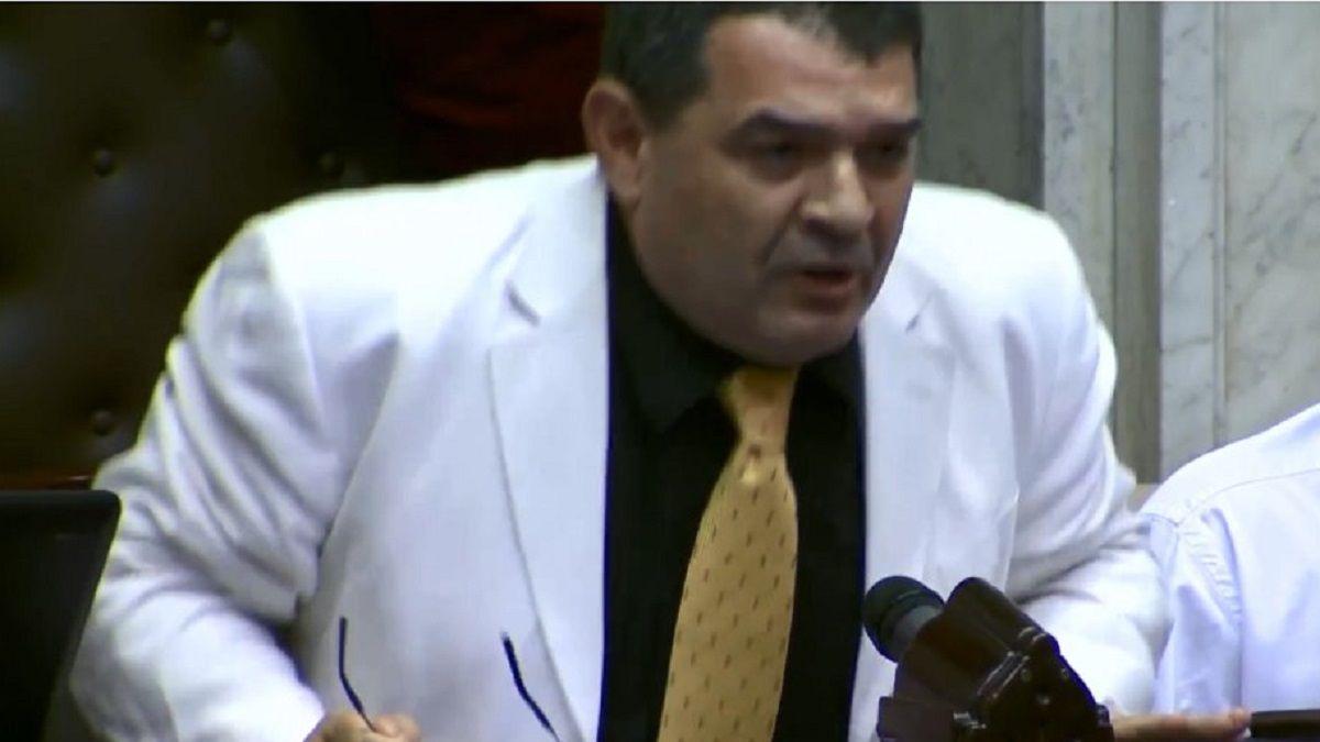Papelón del diputado Alfredo Olmedo