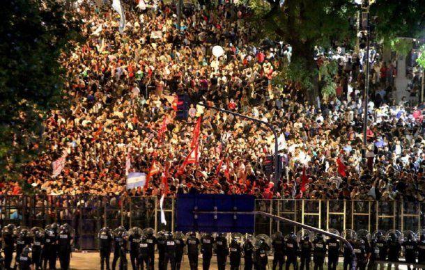 <p>El gobierno de Macri logró pasar su reforma previsional con un alto costo político</p>