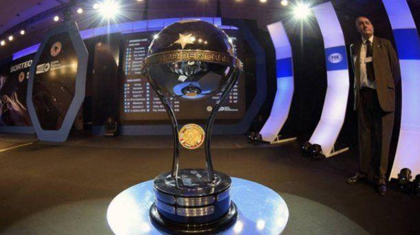 La Copa Sudamericana<br>
