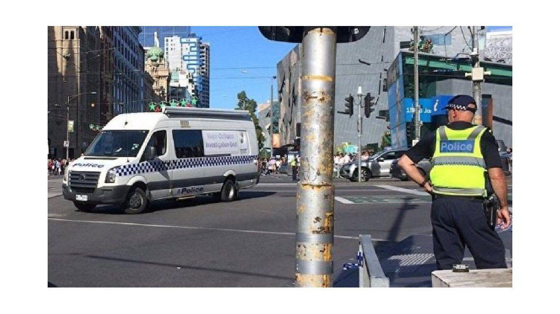 Atropellan a 16 personas en Melbourne