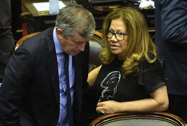 Emilio Monzó con Graciela Camaño