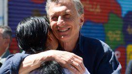 Macri visitó a la fundadora del comedor comunitario Los Piletones, Margarita Barrientos.