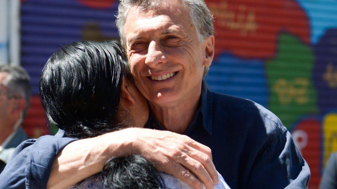 Macri visitó a la fundadora del comedor comunitario Los Piletones