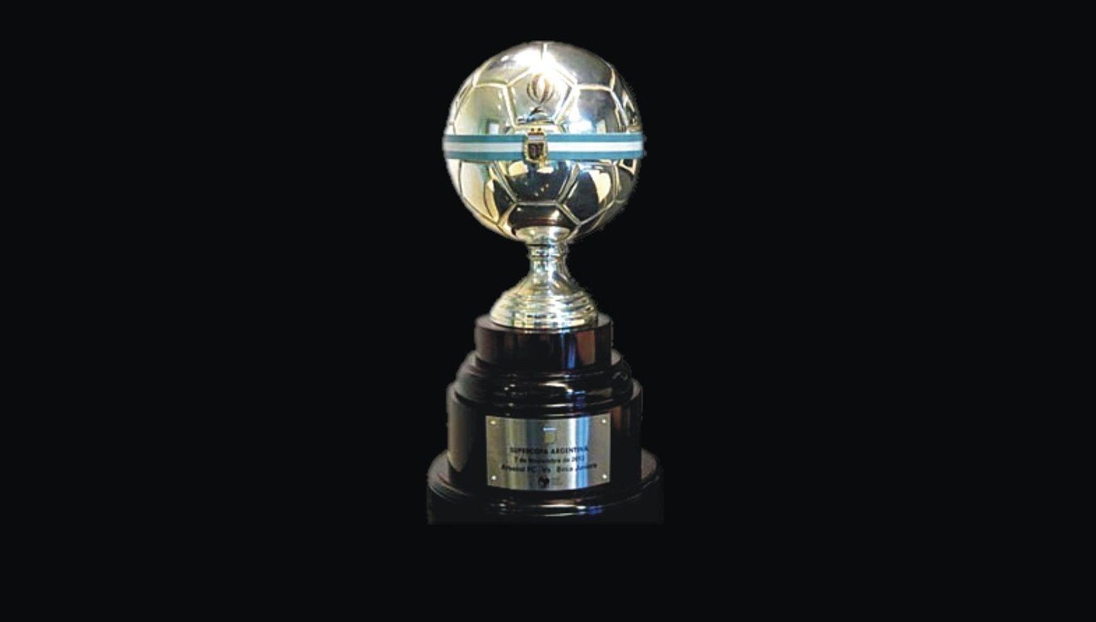 La Supercopa Argentina de 2018 se la disputarán Boca y River