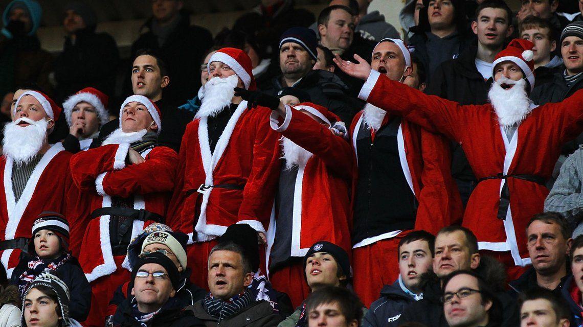 En el Boxing Day los hinchas suelen ir disfrazados de Papá Noel