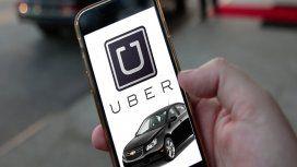 Buscan a un chofer de Uber acusado de violar a una pasajera