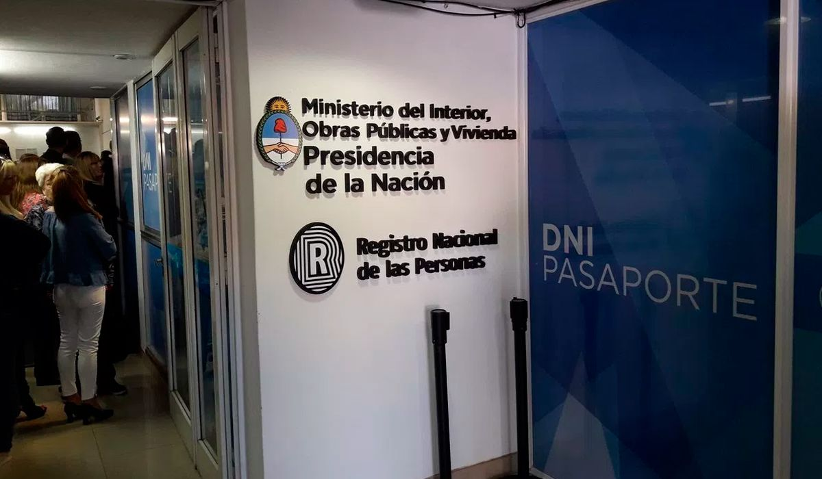 Actualizaron el valor del DNI y el pasaporte: ¿cuáles son los nuevos precios?