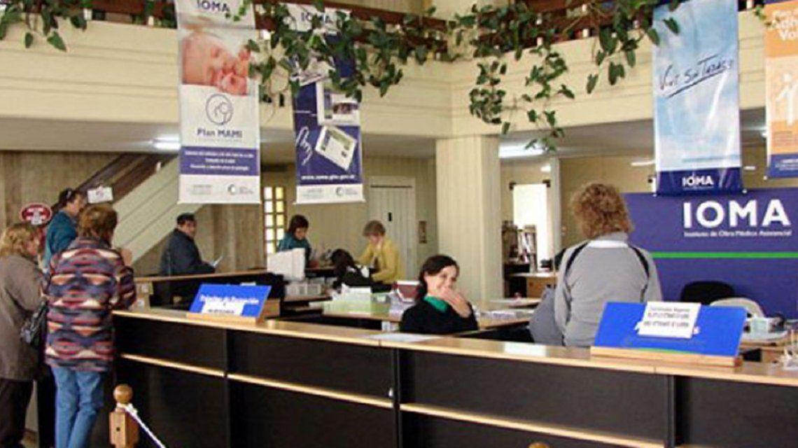Médicos amenazaron con suspender la prestación de servicios frente a la falta de pagos de honorarios.