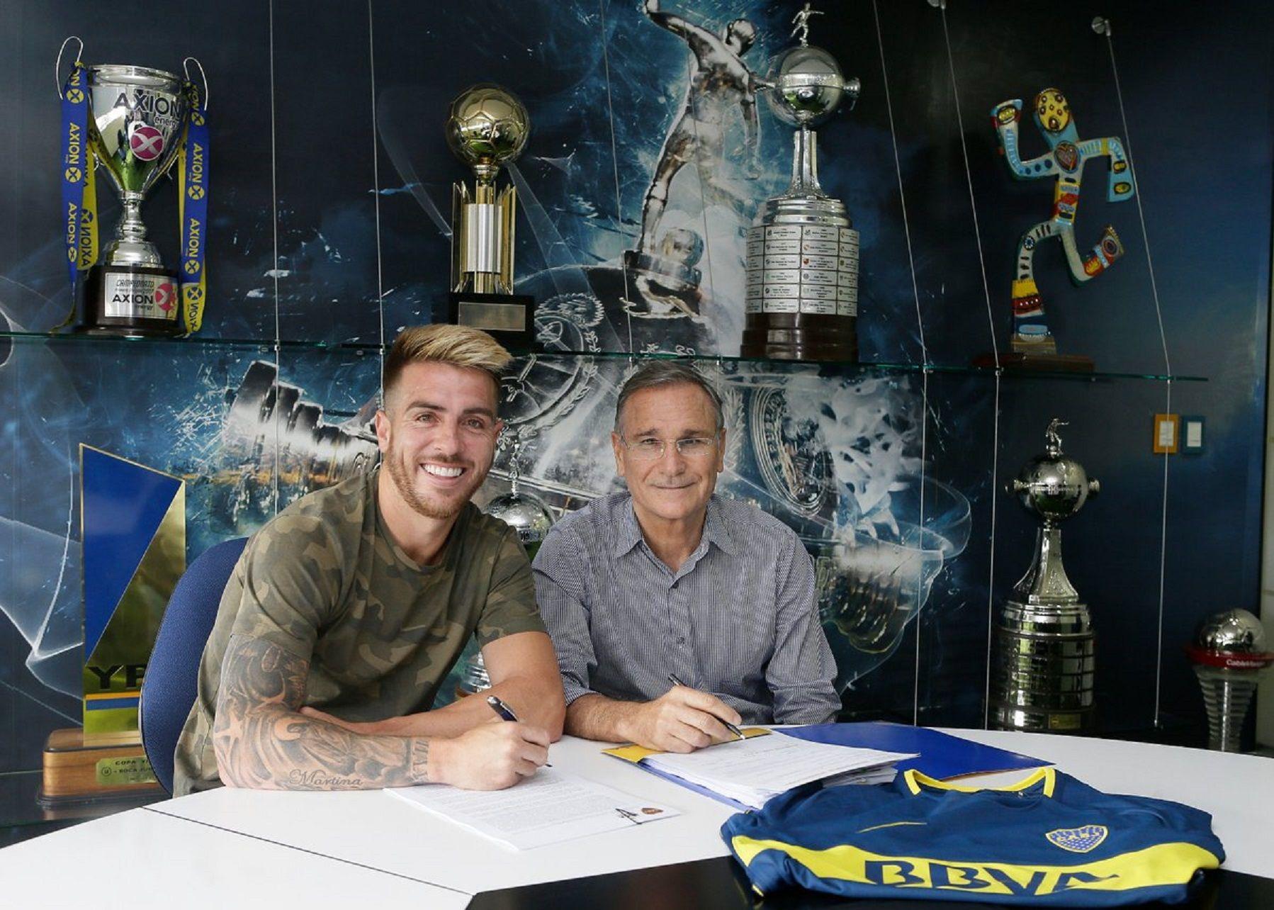 Julio Buffarini firmó su contrato con Boca por tres años y medio.