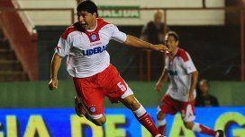 Néstor Ortigoza en Argentinos Juniors, otro de los equipos en los que jugó además de San Lorenzo