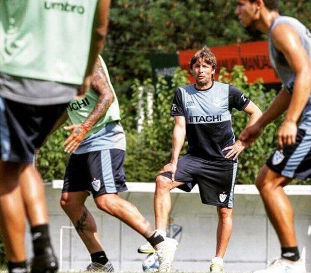 <p>Heinze en el entrenamiento de Vélez - Crédito: Instagram Vélez</p><p></p>