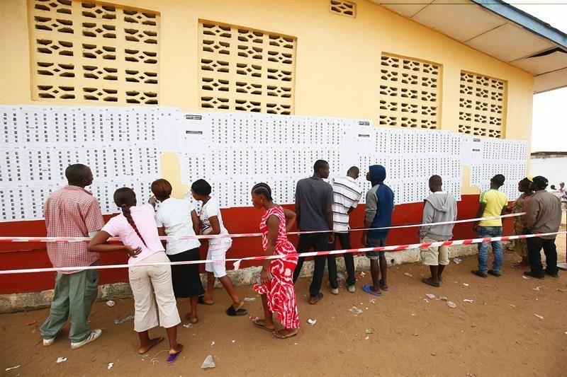 El primer futbolista que llega al poder: George Weah es el nuevo presidente de Liberia