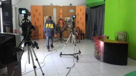 Allanaron un canal acusado de transmitir partidos codificados