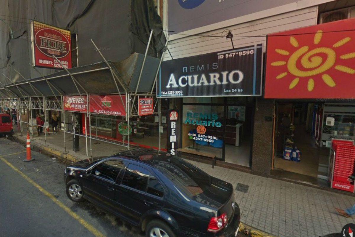Quilmes: un remisero abusó de una chica de 19 años en su auto
