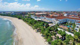 Las playas de Kuta, en Bali, son paradisíacas... por ahora
