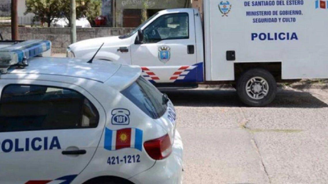 Santiago del Estero: ató a su hija adolescente para que no se viera con su novio y lo acusan por abuso