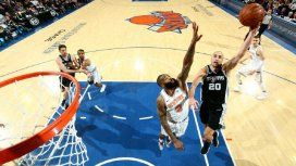 Manu Ginóbili frente a New York Knicks