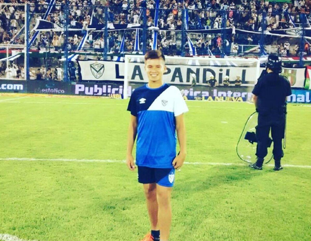 El joven venía de festejar el título con la Séptima División (foto: @DLGuitian)