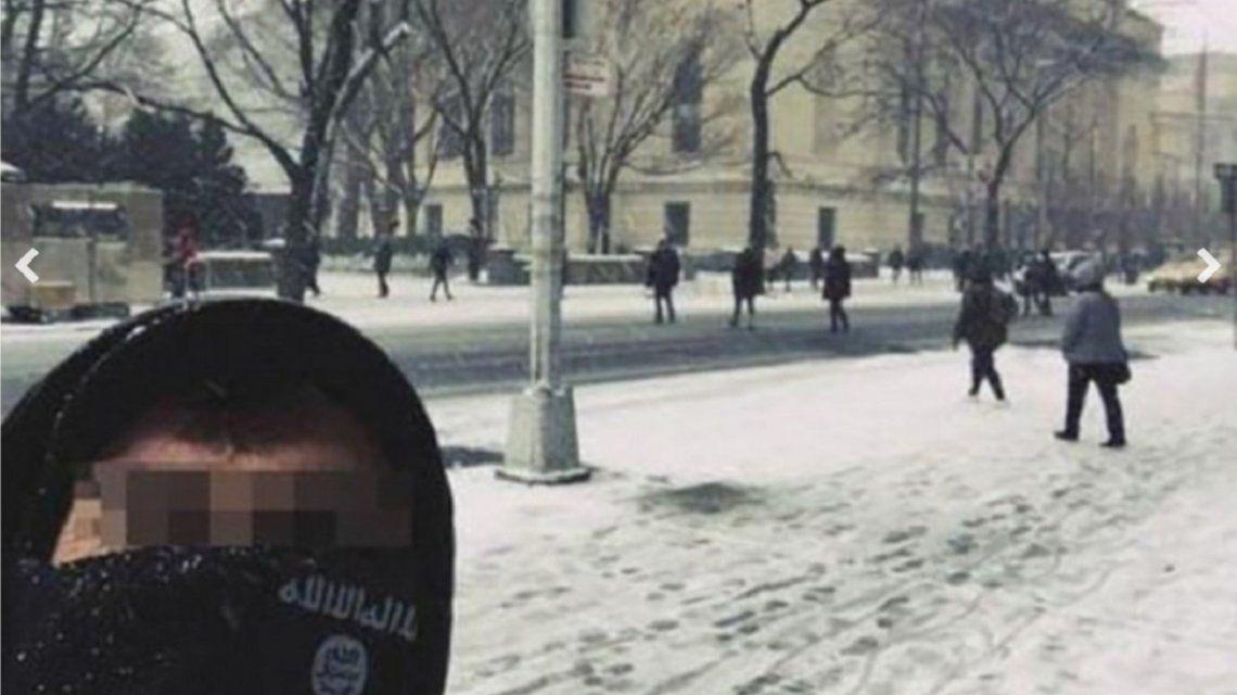 Estamos en tu casa: Un miembro de ISIS se tomó una selfie en pleno centro de Nueva York