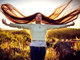 una joven cordobesa se quedo con el record del pelo mas largo del mundo