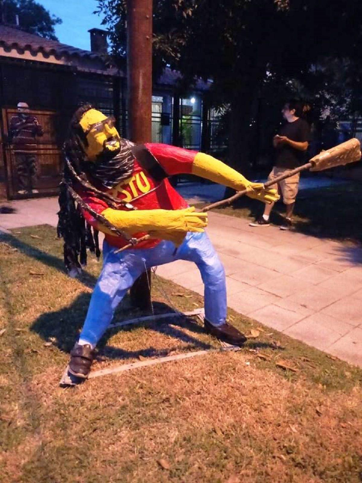Insólito: en Quilmes crearon un muñeco de El gordo Mortero para año nuevo