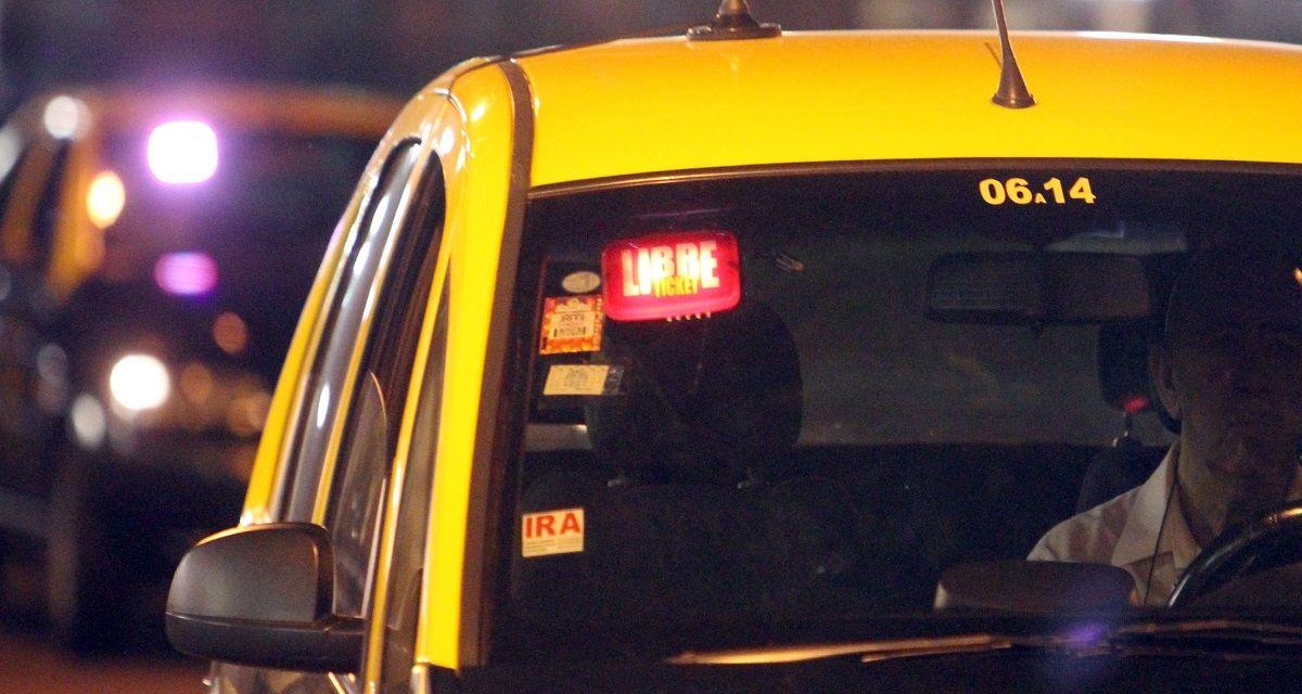 No se salva nadie: también suben los taxis, el estacionamiento y el acarreo