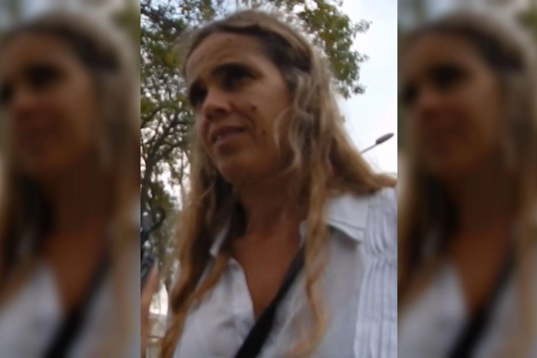 Es hija de un desaparecido y tiene de vecino a Miguel Etchecolatz