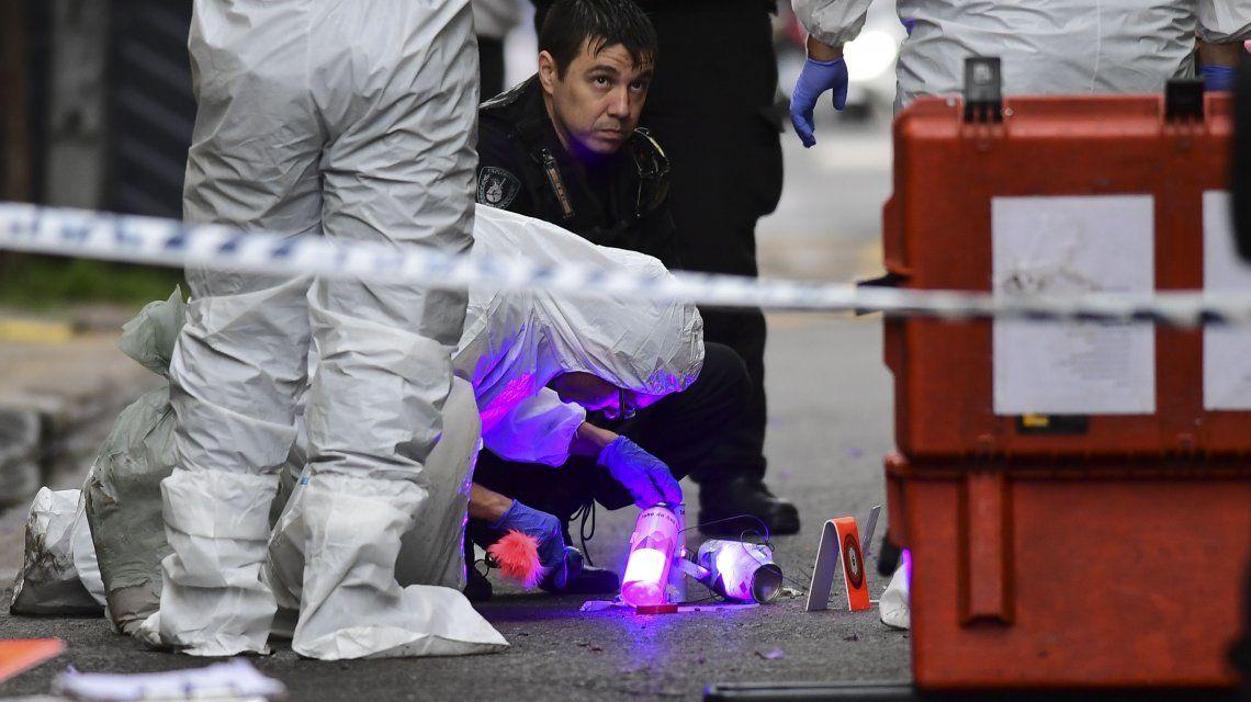Detonaron dos explosivos frente al Departamento de Policía