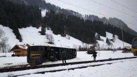 Un tren en Suiza descarriló por el viento