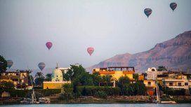 Los viajes en globo son un paseo tradicional en Luxor, Egipto