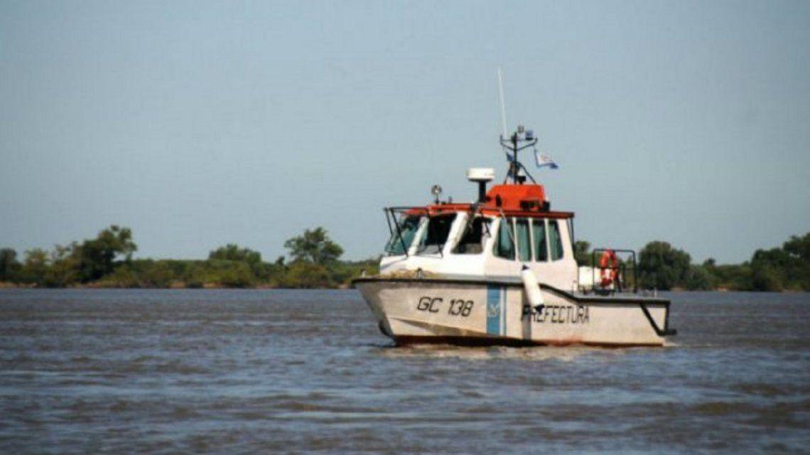 Misterio en el río Paraná: una pareja desapareció frente a sus hijos