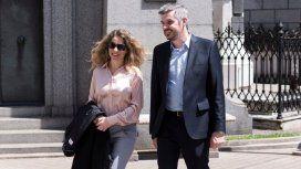 Marcos Peña junto a su esposa