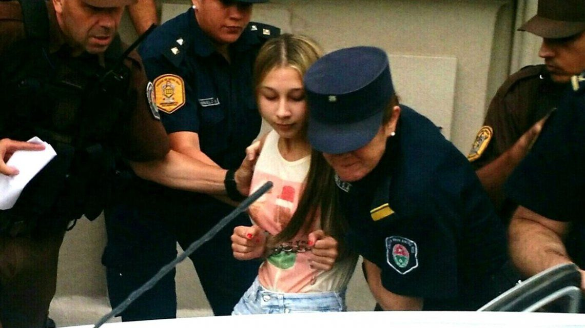 Nahir Galarza al ser detenida