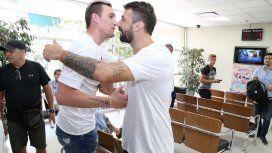 El delantero se encontró con Franco Armani, el otro refuerzo que se sumará a la pretemporada