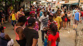 Radiografía de los manteros en Liniers: 38 cuadras de comida
