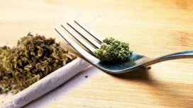¿Cuáles son las diferencias entre comer y fumar marihuana?