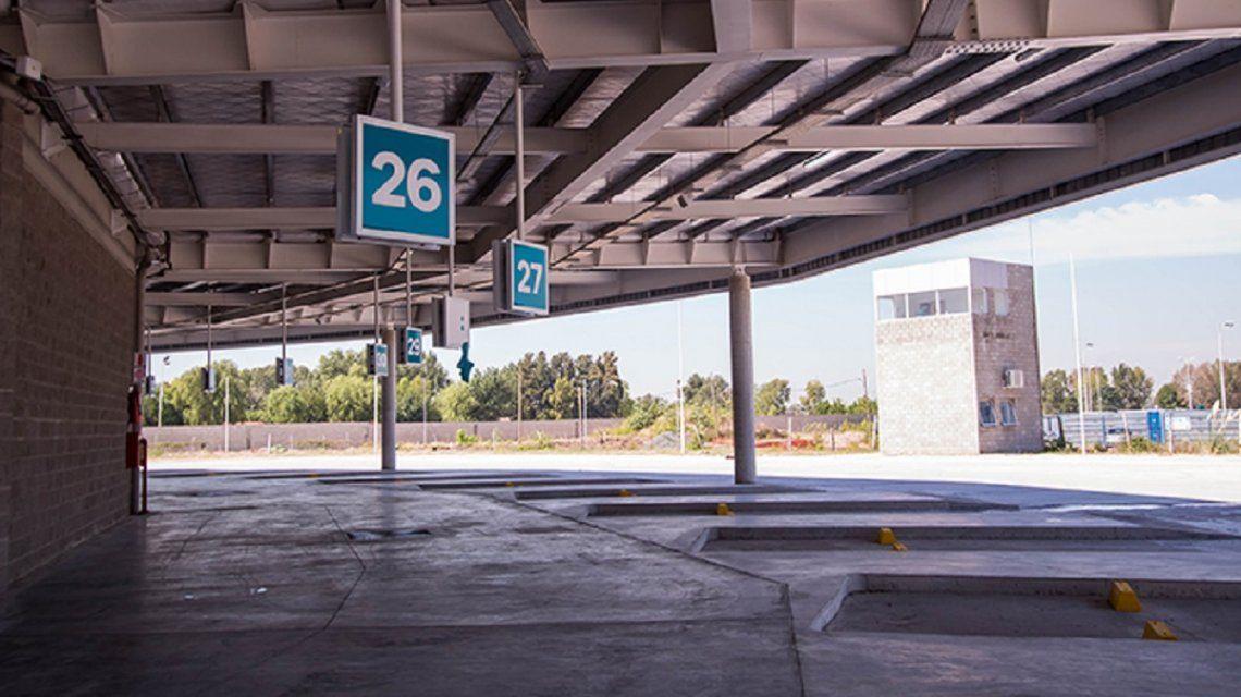 Terminal de micros fantasma: costó US$30 millones, está lista desde hace un año, pero no funciona