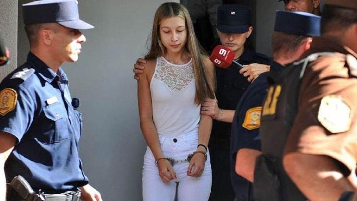 Nahir Galarza al ser trasladada para declarar