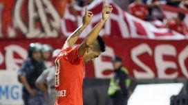 Leandro Fernández festeja uno de sus goles en Mar del Plata
