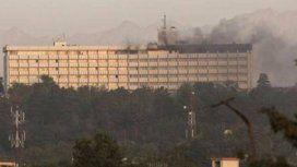 El hotel Intercontinental de Kabul fue atacado este sábado por cuatro hombres armados
