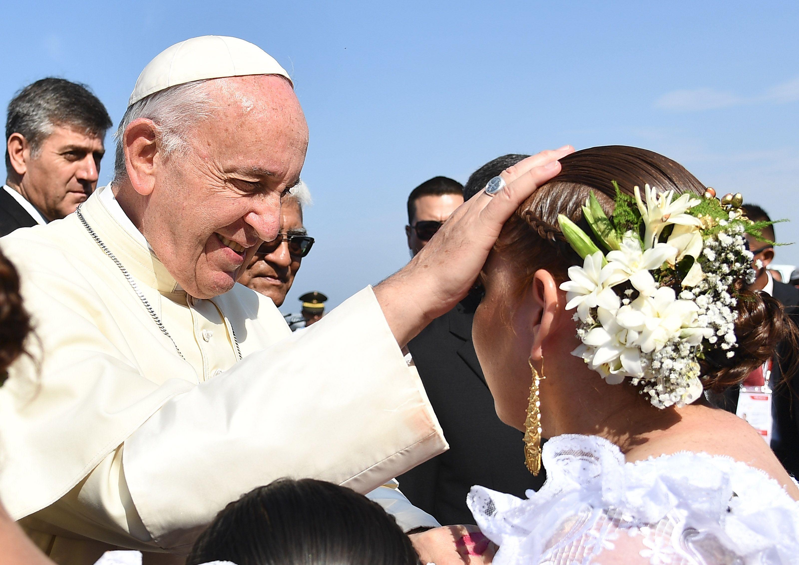 Francisco visitó Trujillo este sábado durante su gira por Perú