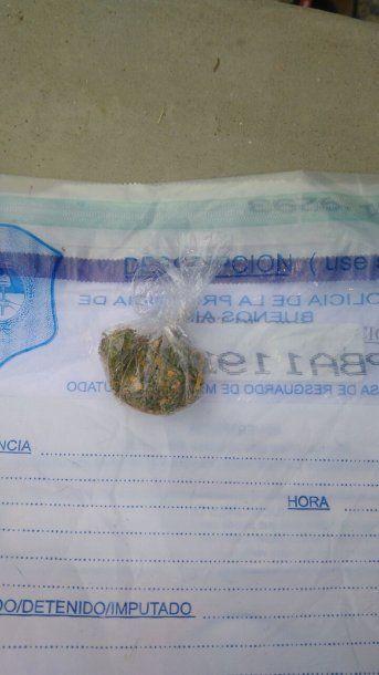 Operativo anti drogas a hinchas de River