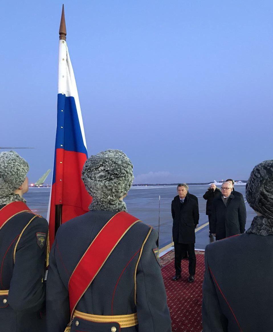 Así recibían al Presidente en Rusia