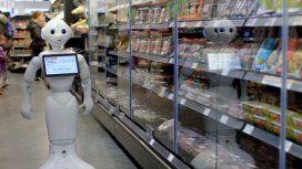 Insólito: pusieron un robot como empleado y lo echaron por inútil